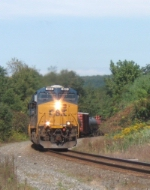 CSX 865 leads eastbound tonnage on the B&A near Flint's Crossing