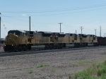 UP 8072 North, SD90MAC Line-up