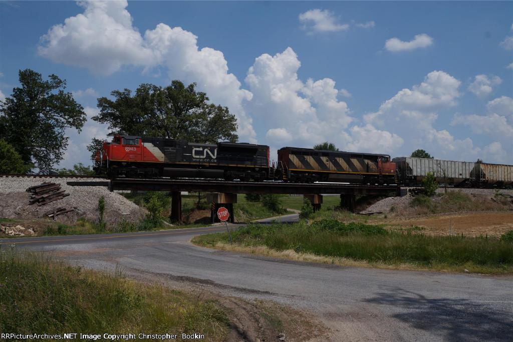 CN 8943