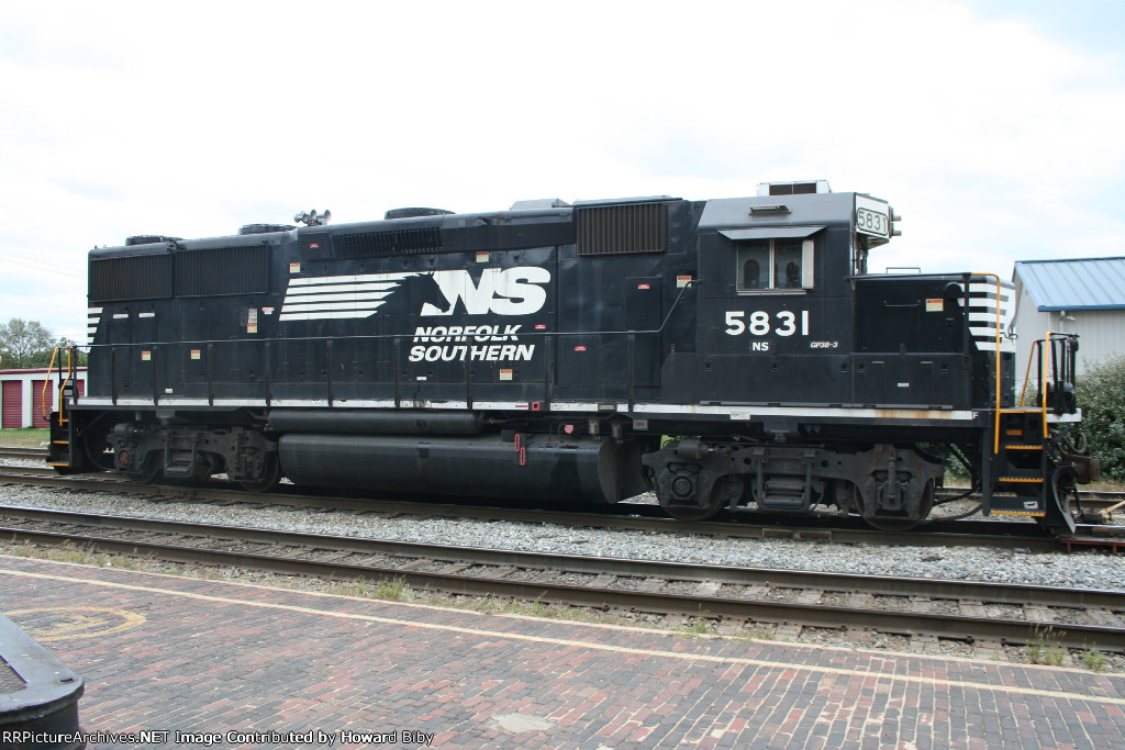 NS 5831 working as NS A37
