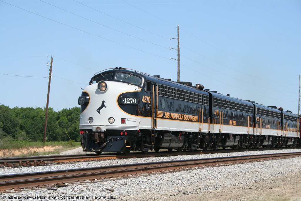 NS 4270 and the rest of the bunch on the point of NS 951 at CP Tuscaloosa