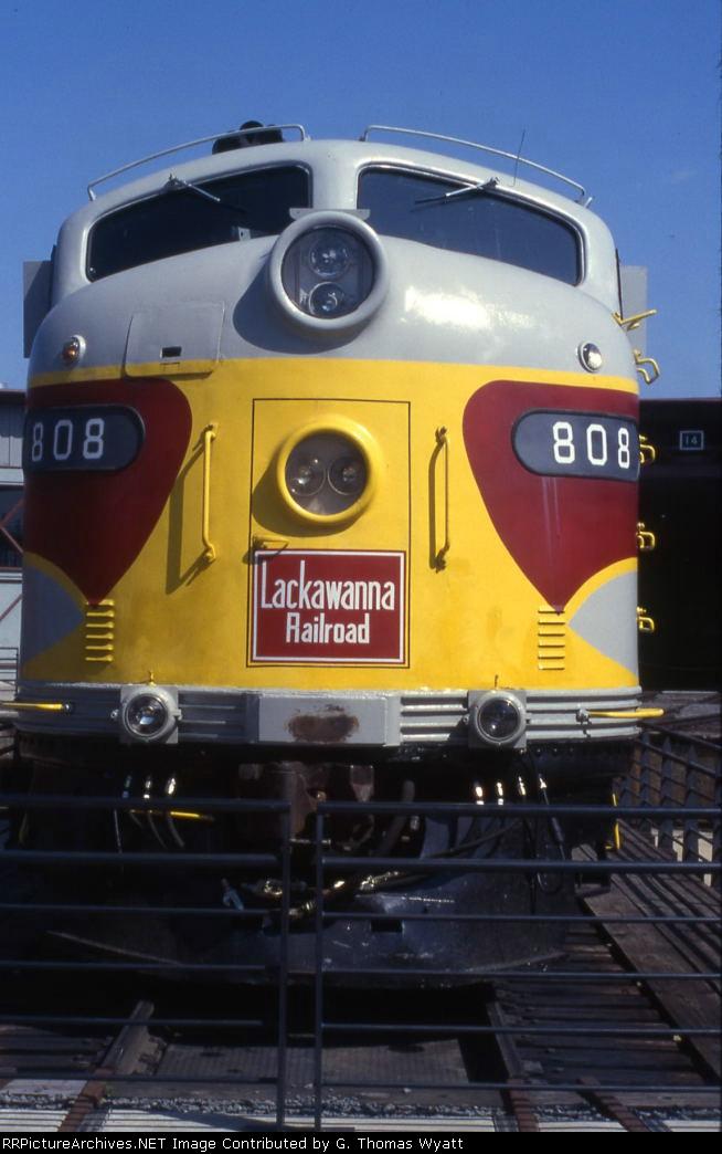 E-8 DLW 808