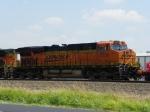 BNSF ES44DC 7226