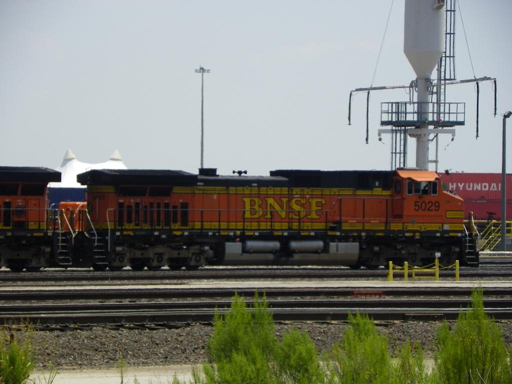 BNSF C44-9W 5029