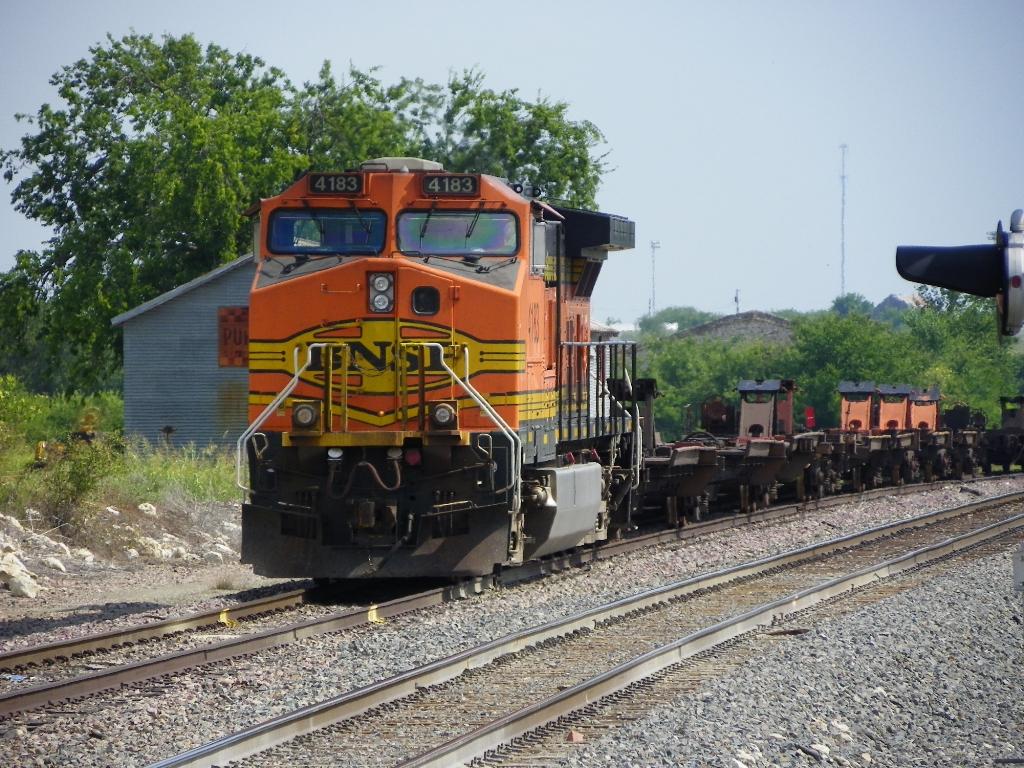 BNSF C44-9W 4183