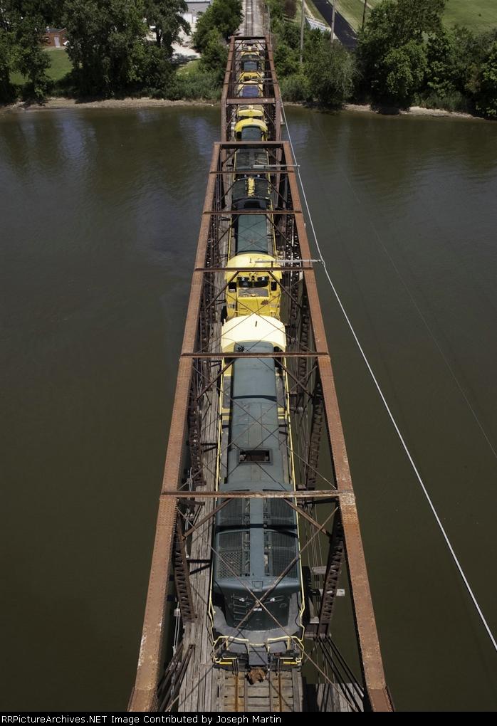 GE Funeral Train