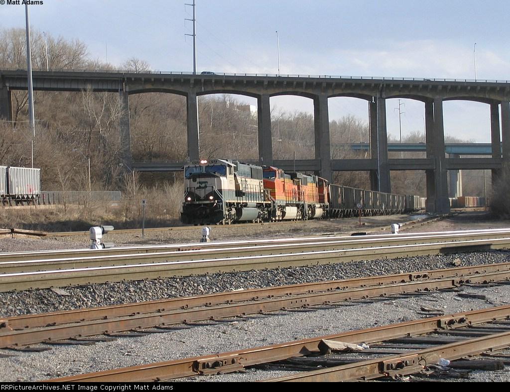 BNSF 9757