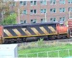 CN 2402