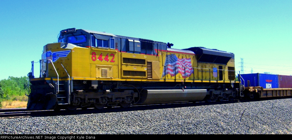 UP 8442 brings up then end of the IG4OA
