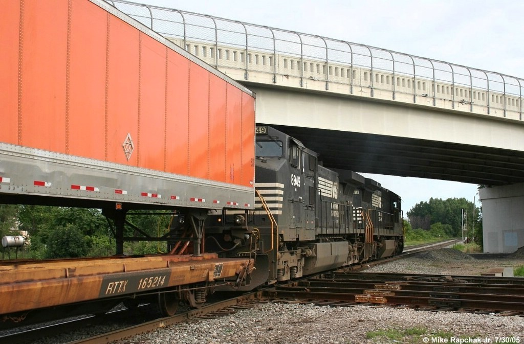 NS Double Stack Train