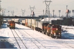 Eastbound intermodal makes pick up