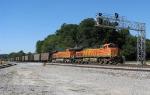 BNSF 5713 leads a Scherer train south
