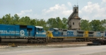 CSX 781 and CSX7797 appear to be meeting head-on