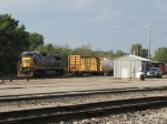 Halfway through its chores powering Q327-12, CSX 7613 rests behind the west end shanty