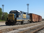 CSX 2775 pulls west down the Even Lead with Y451