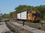903101 brings up the rear as Y451 rolls out through Lamar