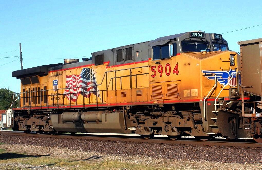 UP 5904