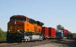 BNSF 7908 and the Schnabel car