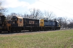 CFW 2345 coupled to CSX 2760 as interchange cut is being made up