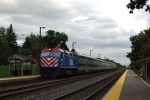 Metra 199 arrives at Fairview