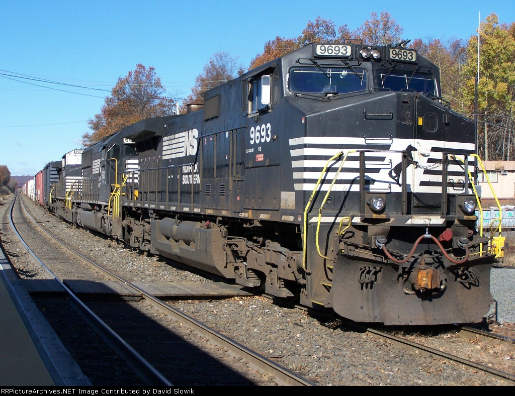 NS 9693