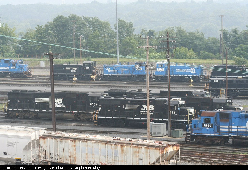 Engines in the yard