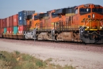 BNSF 7869 leads the Z LAC-LPC into BNSF Barstow, Ca with BNSF 6644 (ES44C4) as the # 3 unit.