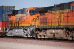 BNSF 6644 # 3 unit rolls into the west BNSF Barstow yard pulling the Z LAC-LPC 26.