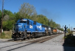 Big blue SD50 leads a rainbow lashup on NS 119