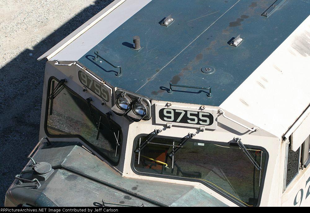 BNSF 9755 cab roof detail