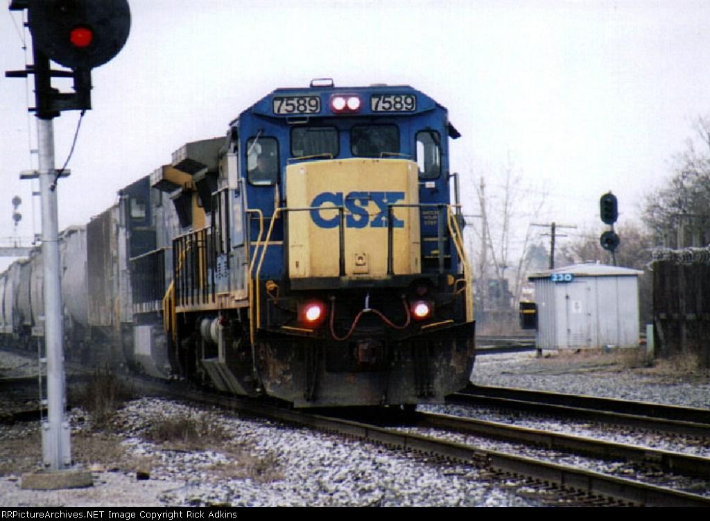 CSX 7589