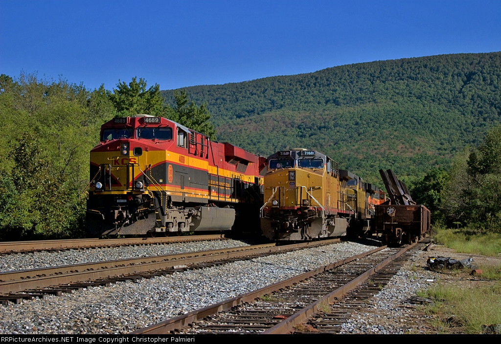KCS 4689 and UP 7161