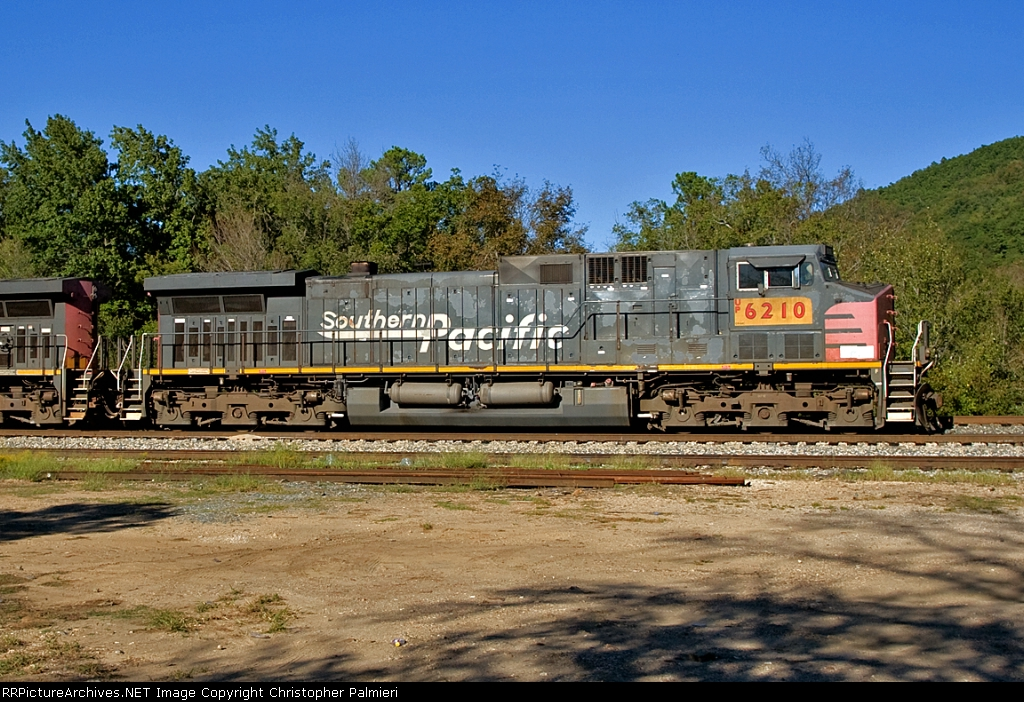 UP 6210 - DPU on KCS 2C-WEKC-30