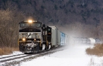 NS 9135 leads 13T