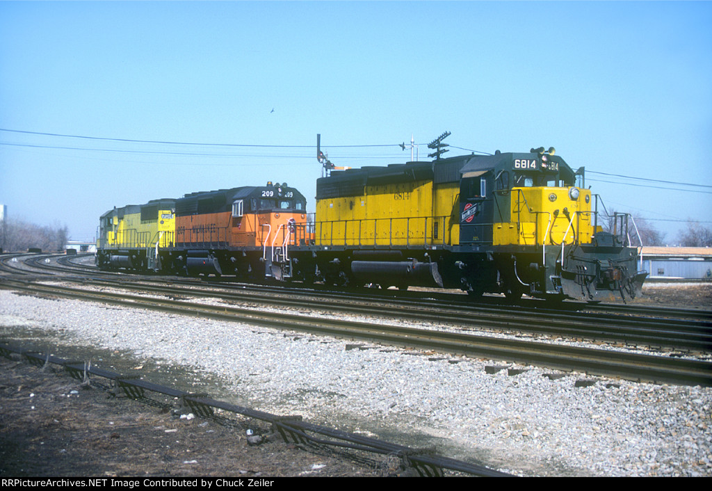 C&NW SD40-2 6814