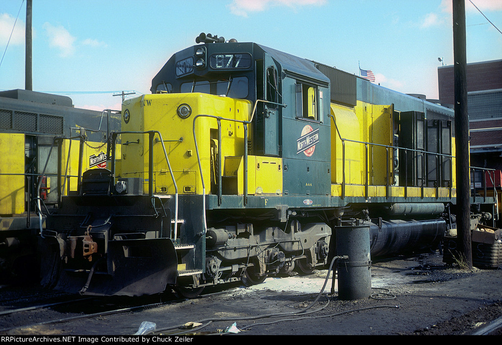 C&NW SD40 877