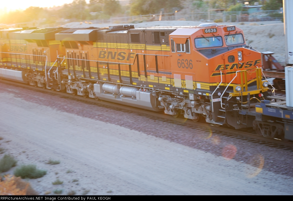 BNSF 6636 rolls westbound as the # 2 unit pulling a Z Train towards the LA area.