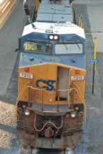 CSX C40-8W with its class lights on