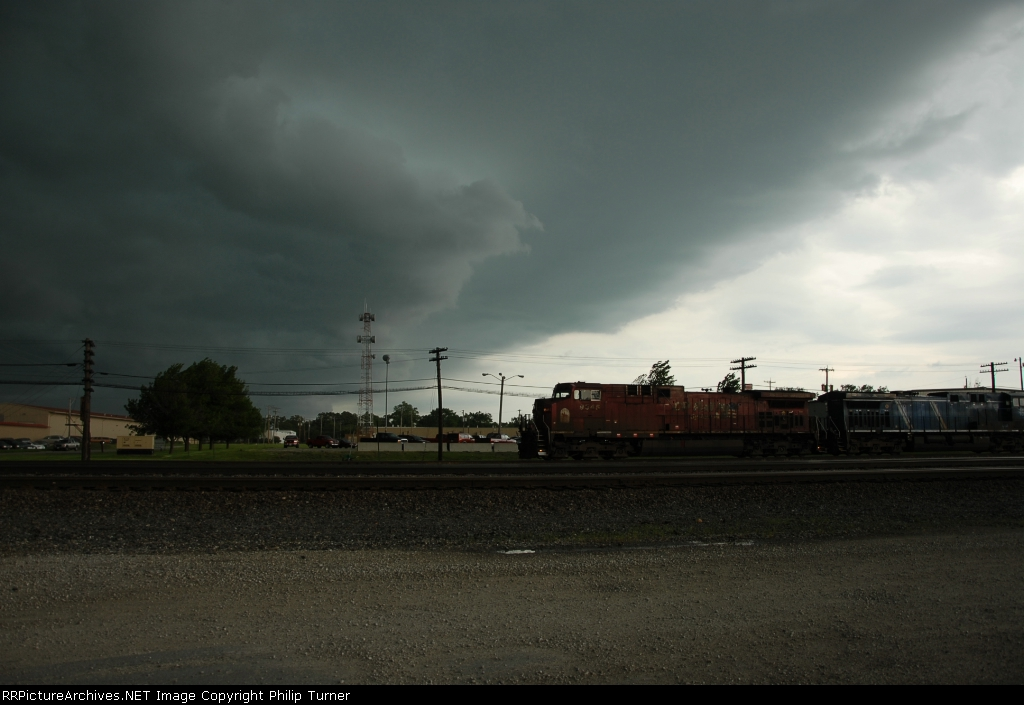 Shelf Cloud and CP 9545