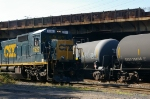 CSX 7522 shoves back easy the ethanol tank cars into the plant
