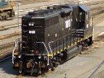 HLCX EMD GP38-3 1010