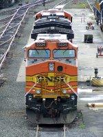 BNSF 5334 & 6725