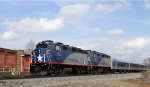 RNCX 1869 & 1893 lead train 75 southbound
