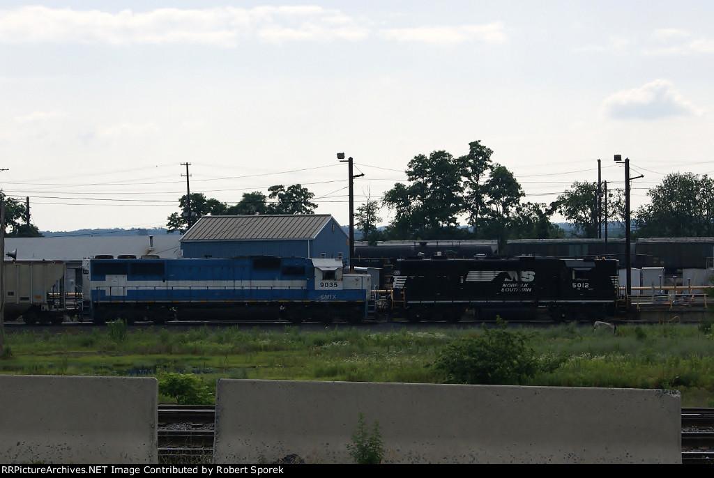 NS Yard Job - High Hood GP38-2 and GMTX SD60