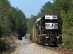 Ex-Conrail SD40-2 highballing I2R towards Atlanta