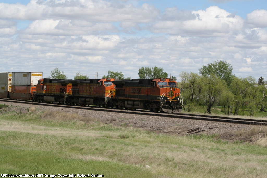 All-GE Led Doublestack Train
