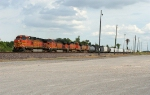 BNSF WB freight ready to depart