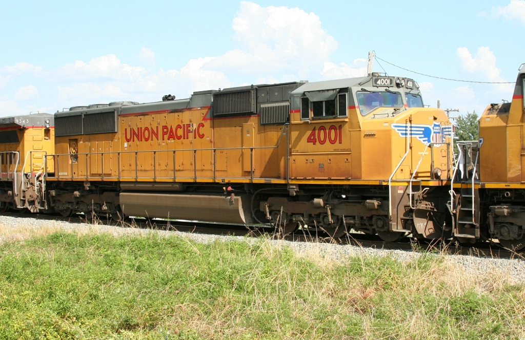 UP 4001 on SB freight