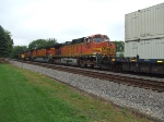 BNSF 4992 and 4372
