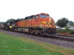 BNSF 5261 and NS 8959